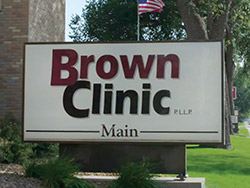 ss-brown-clinic-main-page-graphic